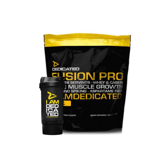 Proteini Fusion Pro Dedicated Nutrition u crno žutoj ambalaži od 907 grama