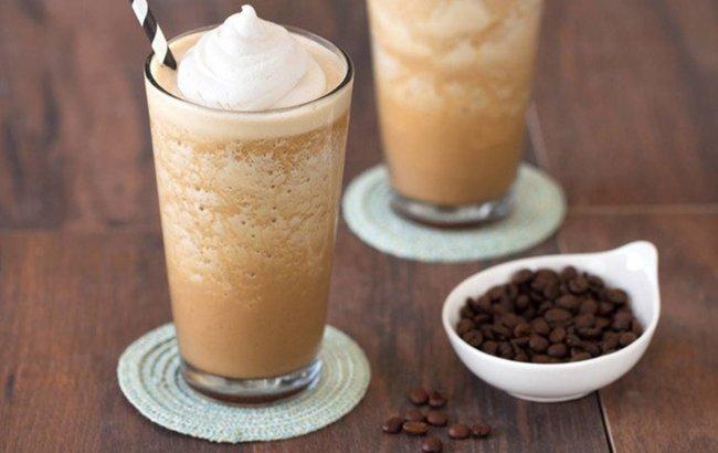 Smoothie inspiriran kavom za uživanje u slobonim danima!