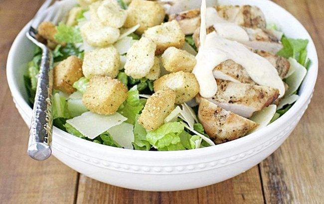 Cezar salata s piletinom grill, najjednostavniji recept na linku!