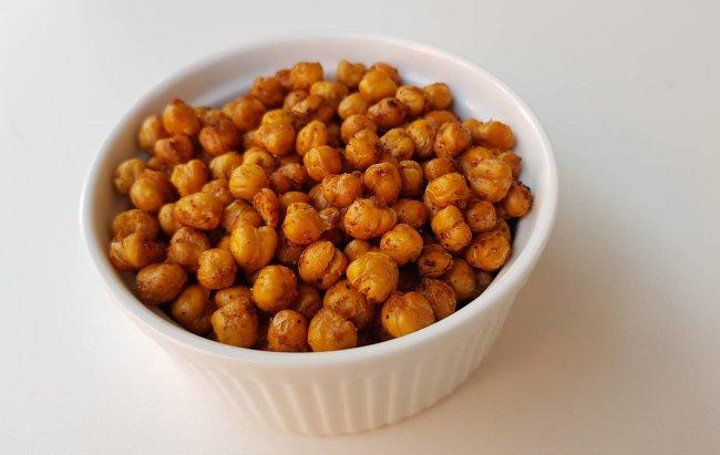 Recept za FIT slanu grickalicu: Prženi slanutak! Više na linku!