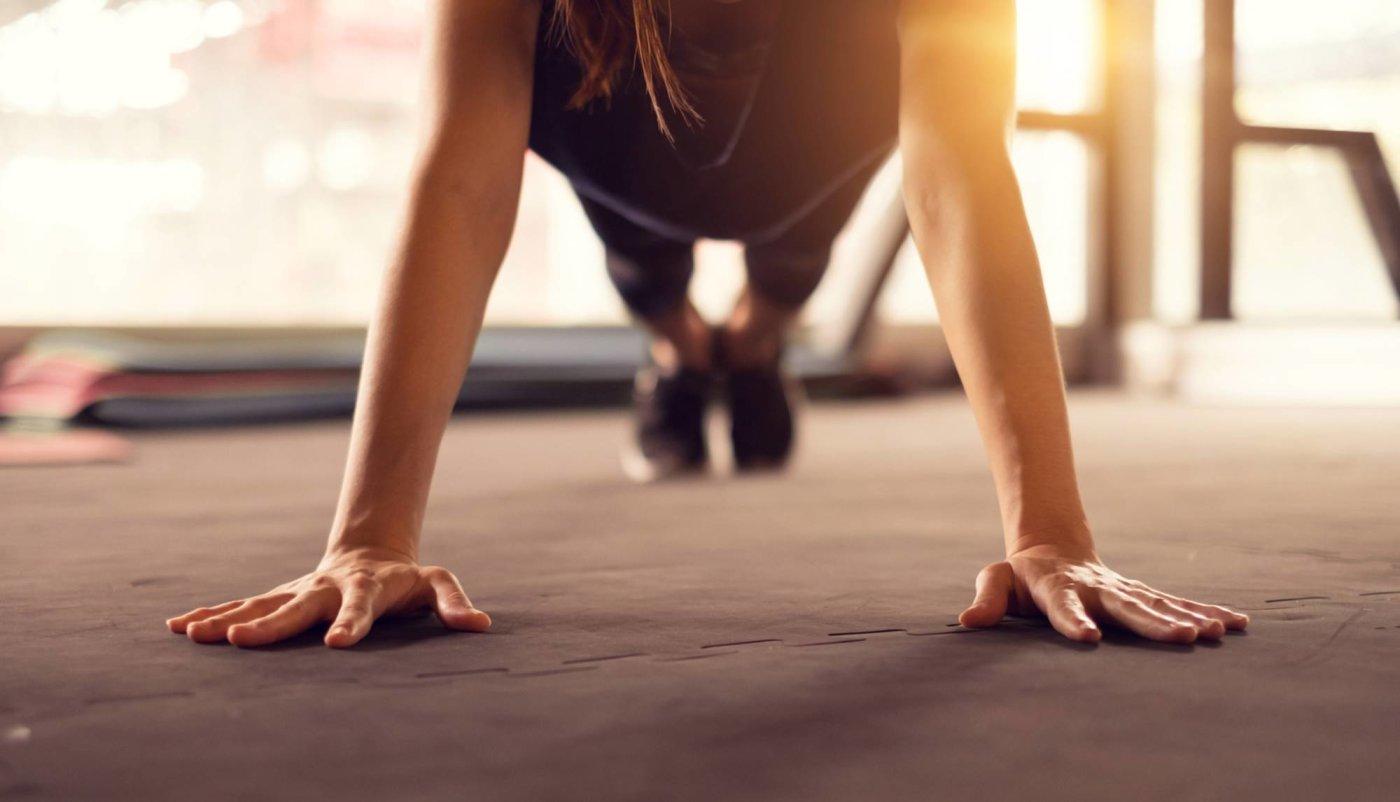 7 Joga poza za toniranje trbušnih mišića koje možete napraviti i kod kuće!