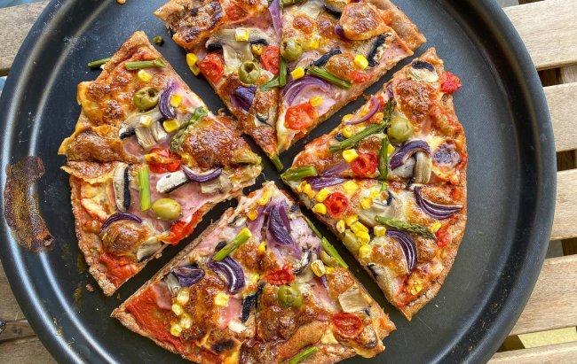 Okus je isti, ali ova pizza ima više proteina! Recept te čeka klikom na link.