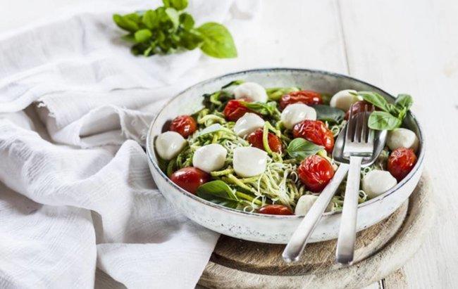 Caprese salati smo dodali tjesteninu i dobili kompletan fit, ljetni ručak!