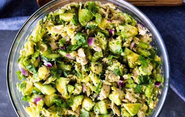 Tuna-avokado salata koja zadovoljava nutritivne potrebe!