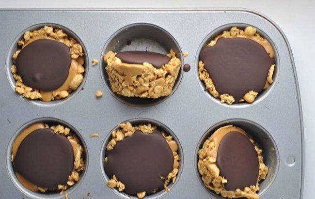 Muffini s maslacem od kikirikija i zobenim pahuljicama!