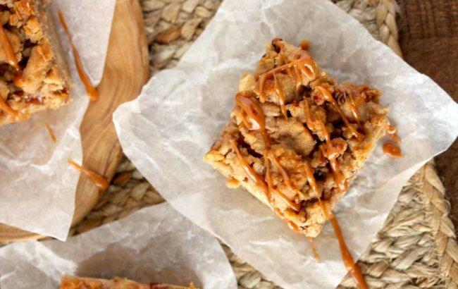 Jednostavan proteinski desert od jabuka i karamele!