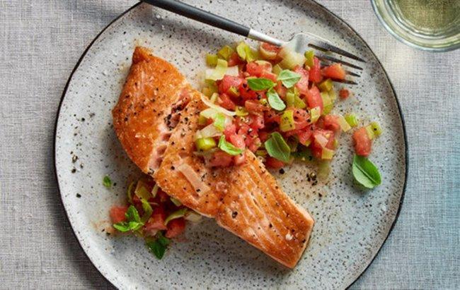 Losos s pečenim povrćem za FIT ručak u 20 minuta!